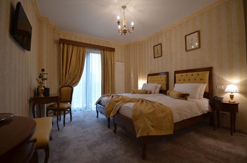 Room 8 - Standard Twin